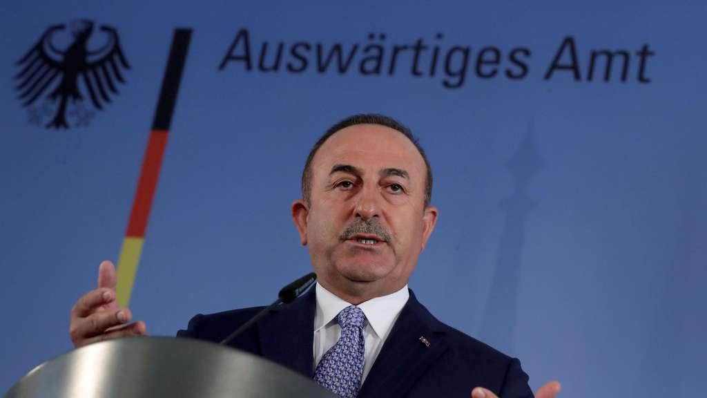 Zwischenfall im Mittelmeer - Nato-Partner: Türkei fordert Entschuldigung Frankreichs