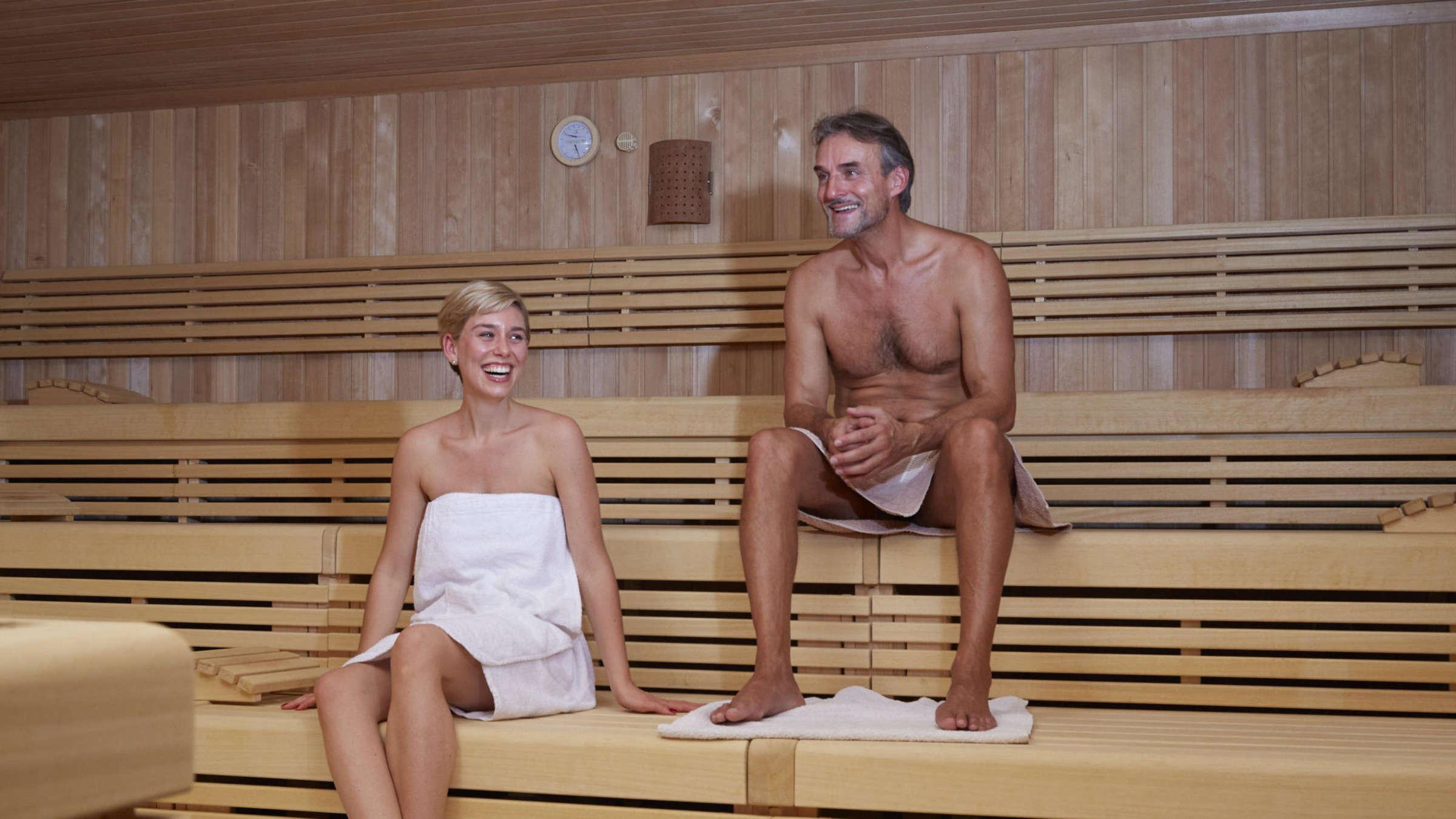 Sex in der sauna nackt