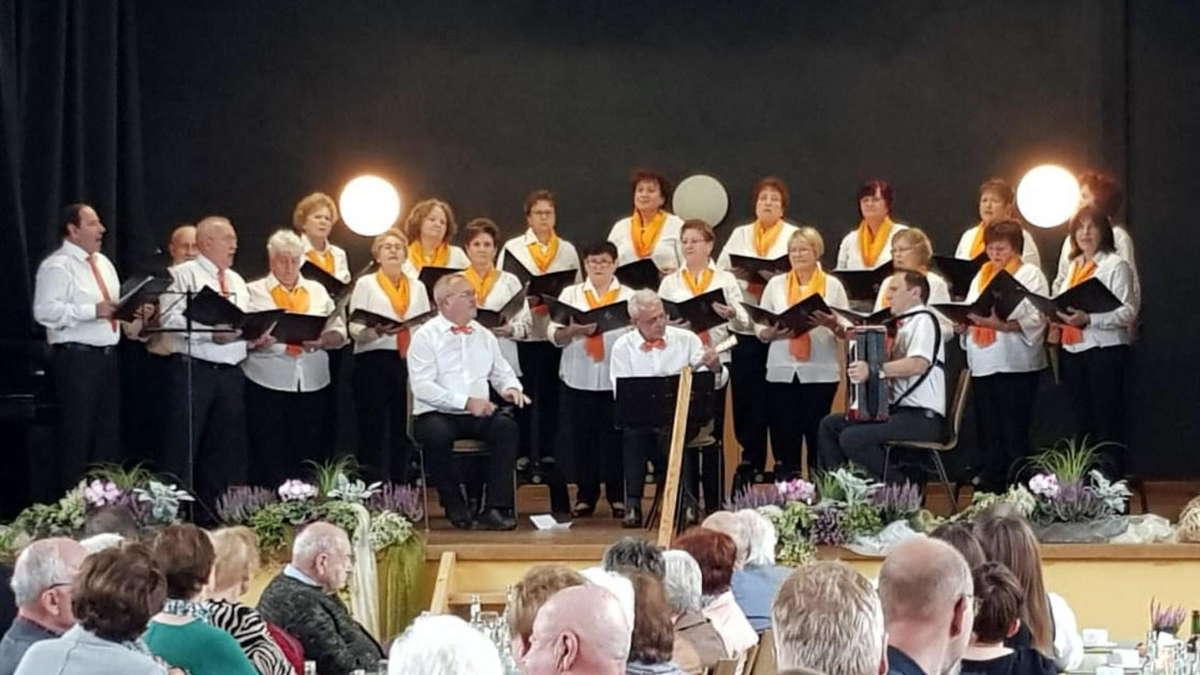 Es gibt Kuchen - garniert mit Musik | Reichelsheim - Wetterauer Zeitung