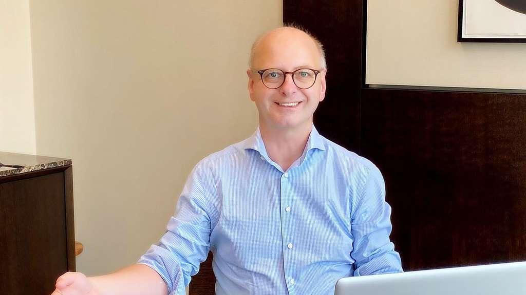 CDU-Stadtverbandsvorsitzender Holger Hachenburger will am 1. Januar 2021 den Laptop im Reichelsheimer Rathaus aufklappen: Er kandidiert für das Bürgermeisteramt. FOTO: PV